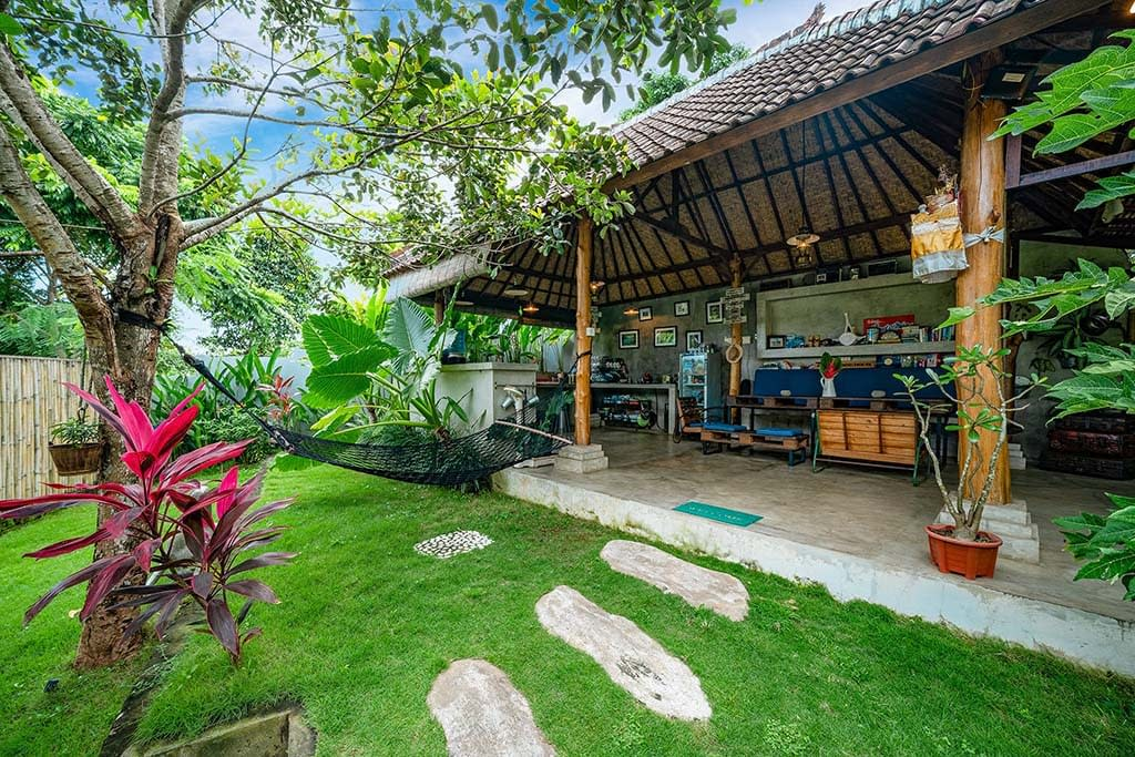 thebaliboardinghouse outdoor kitchen